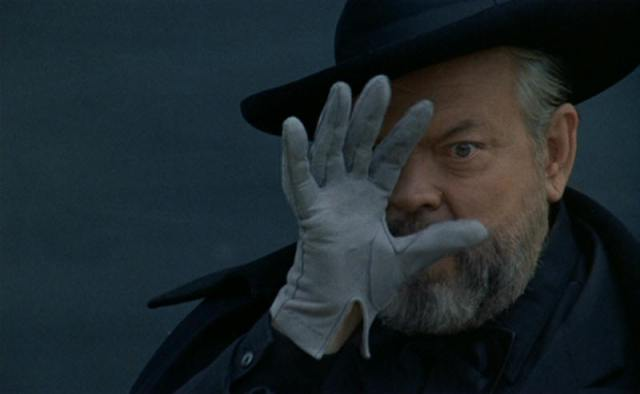 criterion-f-for-fake-review-orson-welles-pdvd_016jpg